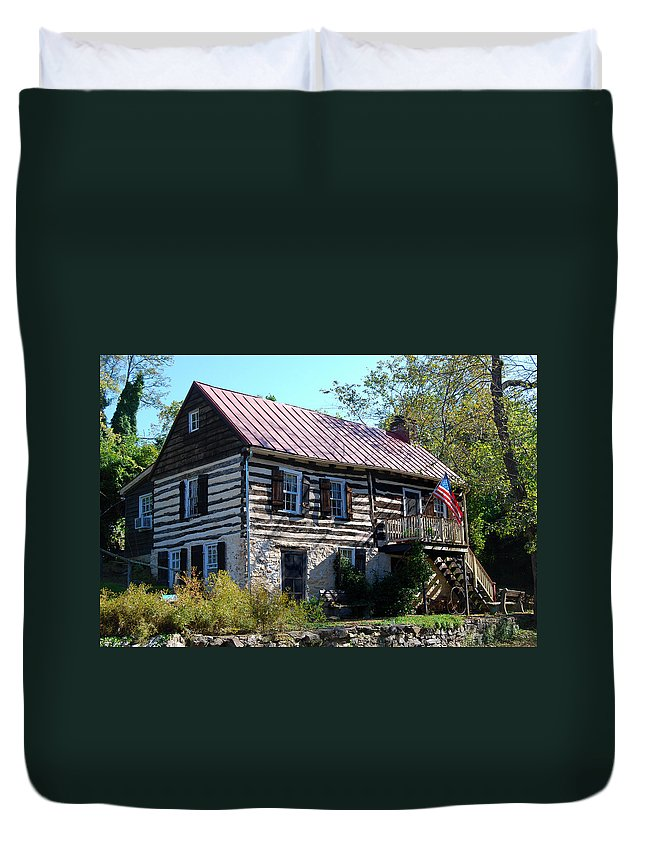 Virginia Duvet Cover featuring the digital art This Old House by Eva Kaufman