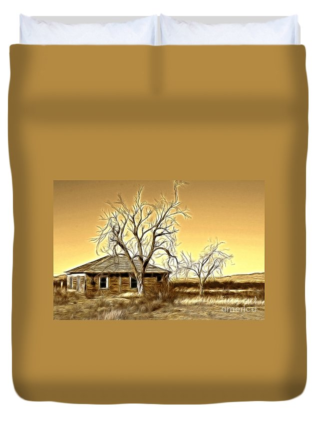 Fine Art Photography Duvet Cover featuring the photograph This Old House Fractal by Donna Greene