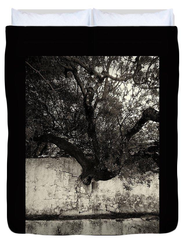 Jouko Lehto Duvet Cover featuring the photograph Through The Wall Bw by Jouko Lehto