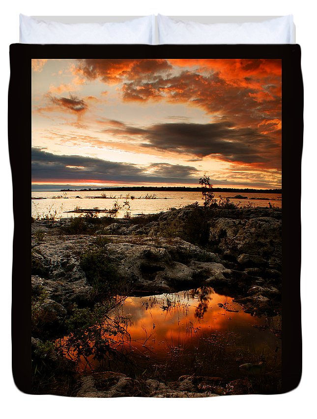Sunset Duvet Cover featuring the photograph Tide Pool by Cale Best