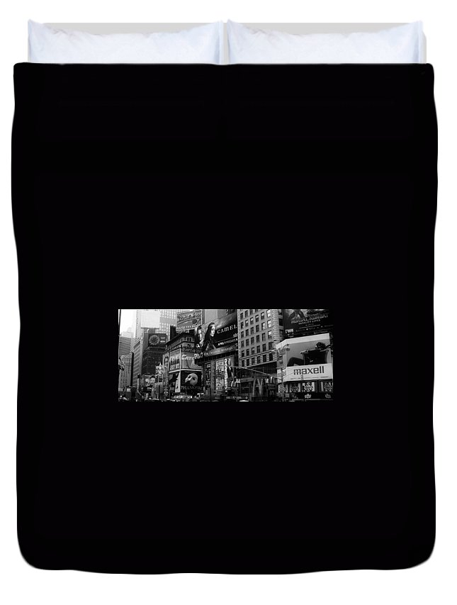 New York Duvet Cover featuring the photograph Times Square Black And White by Andrew Fare