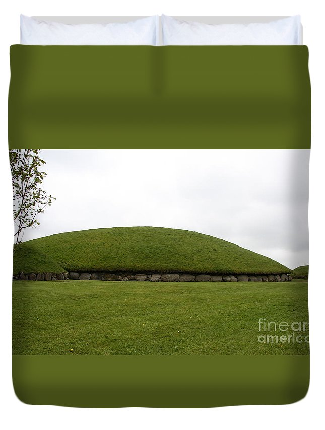 Tomb Duvet Cover featuring the photograph Tomb Group - Knowth - Ireland by Christiane Schulze Art And Photography