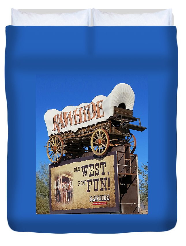 Stagecoach Duvet Cover featuring the photograph Traveling West by Diane Wood