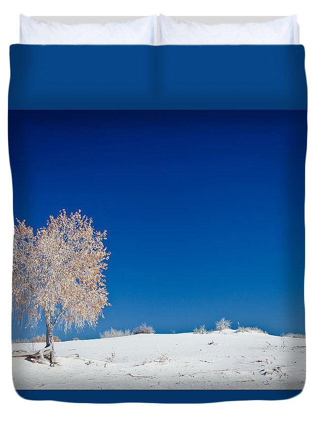 White Sands National Monument Duvet Cover featuring the photograph Tree In White Sands by Ralf Kaiser