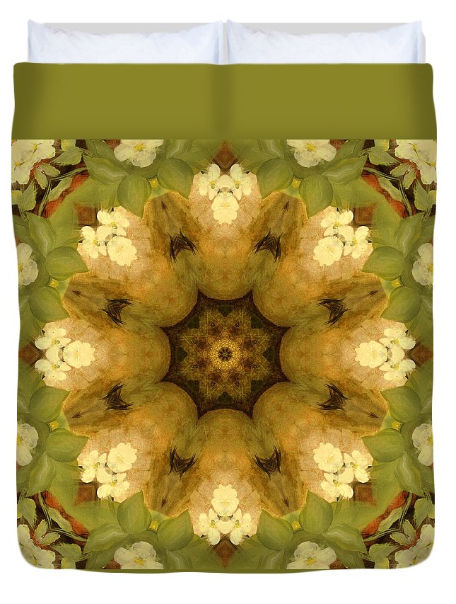 Wedges Duvet Cover featuring the painting Trio Green by Kathy Sheeran