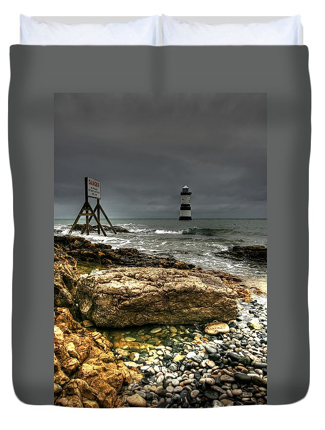 1838 Duvet Cover featuring the photograph Trwyn Du Lighthouse by Adrian Evans