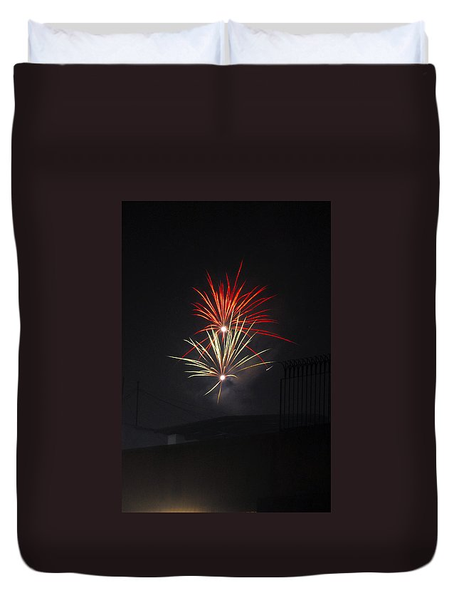 Aerials Duvet Cover featuring the painting Twin Fireworks by Sumit Mehndiratta