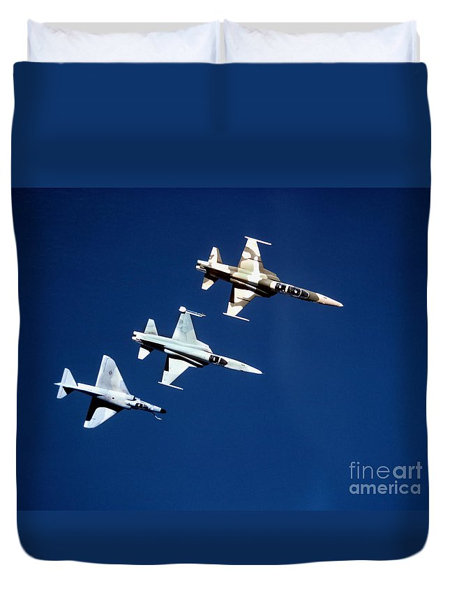 Formation Duvet Cover featuring the photograph Two F-5 Tiger IIs And An A-4e Skyhawk by Dave Baranek