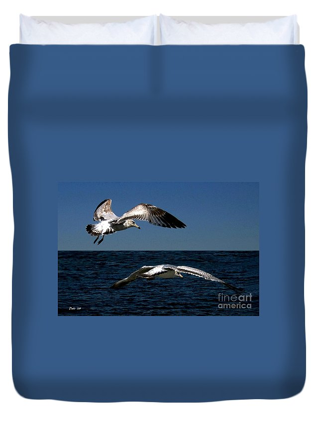 Seabirds Duvet Cover featuring the digital art Two Gulls by Dale  Ford