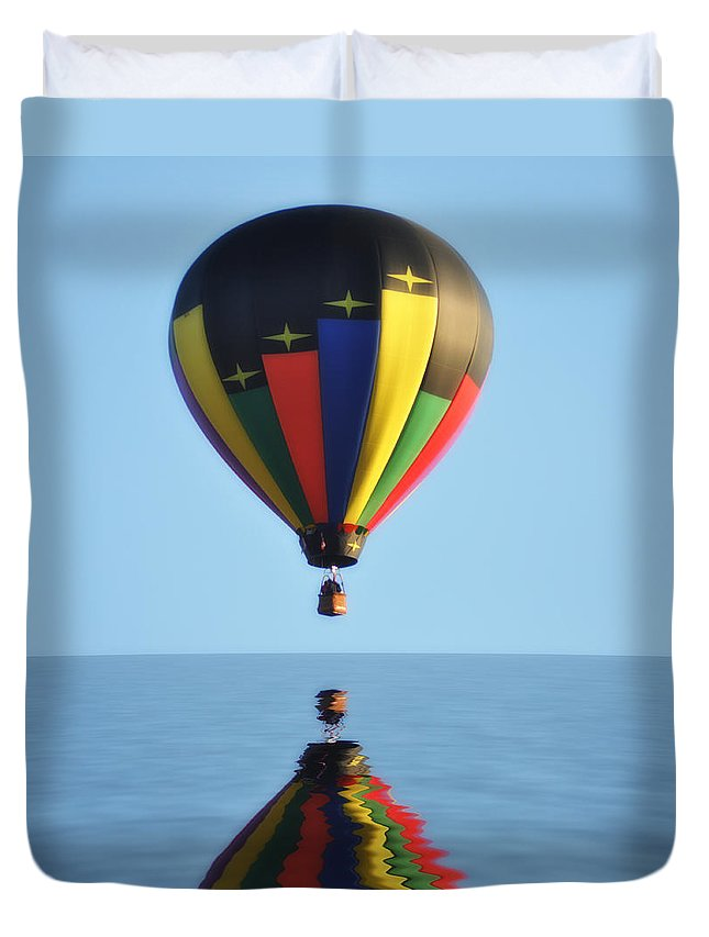 Balloon Duvet Cover featuring the photograph Up Up And Away by Bill Cannon