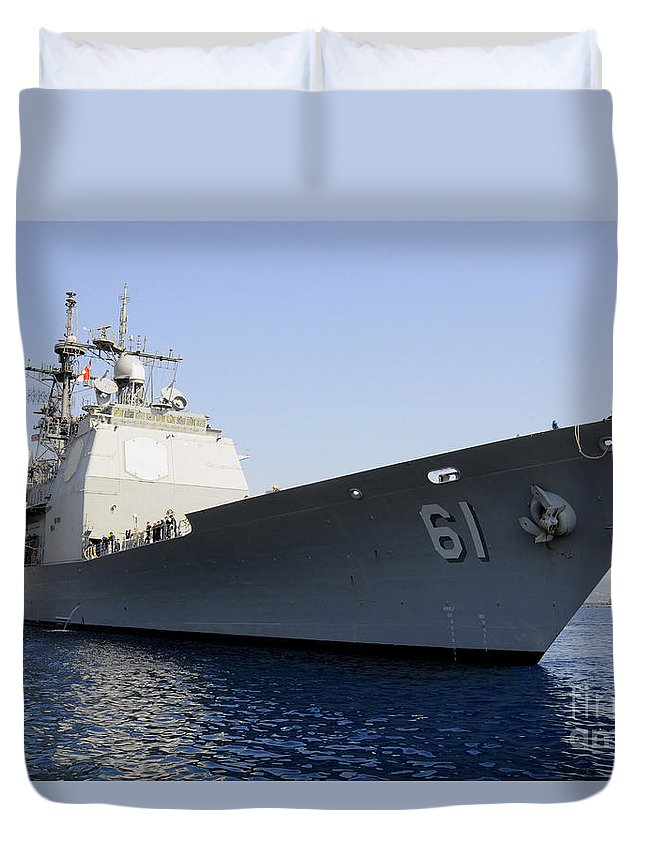 Souda Bay Duvet Cover featuring the photograph Uss Monterey Arrives by Stocktrek Images