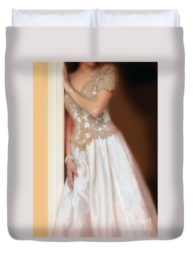 Beautiful Duvet Cover featuring the photograph Waiting By The Door by Jill Battaglia