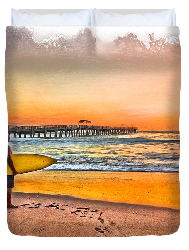 Clouds Duvet Cover featuring the photograph Waiting For Waves by Debra and Dave Vanderlaan