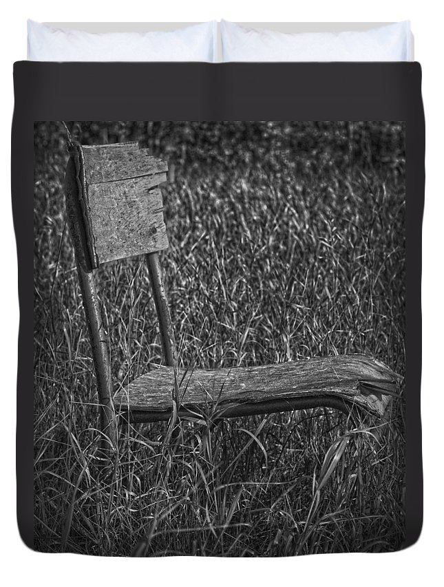 Jerry Cordeiro Duvet Cover featuring the photograph Waiting In The Wind by The Artist Project