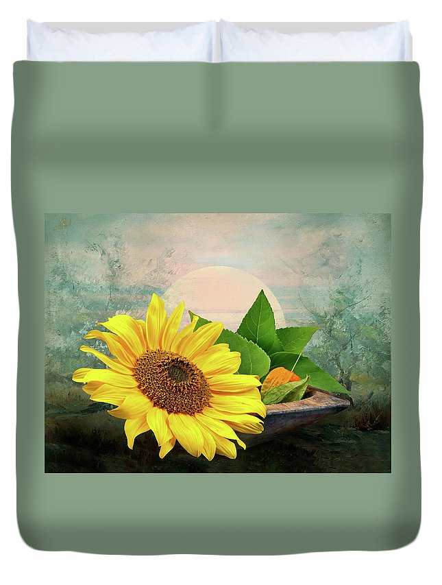 Warm Duvet Cover featuring the photograph Warm Light by Manfred Lutzius