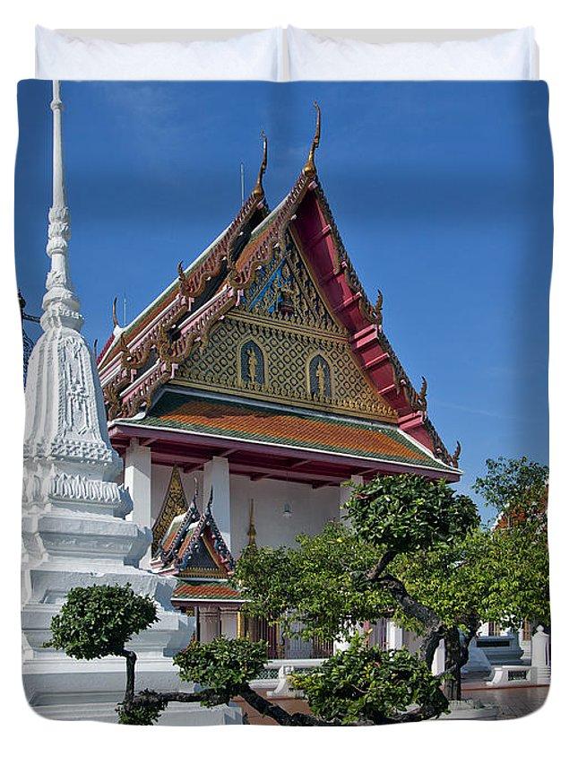 Bangkok Duvet Cover featuring the photograph Wat Thong Nopphakhun Ubosot Dthb1169 by Gerry Gantt