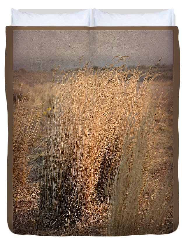Grass Duvet Cover featuring the photograph Waves Of Grass by Donna Greene