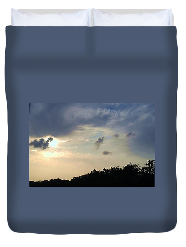 Dusk Duvet Cover featuring the photograph Weather Signs At Sunset by Judy Hall-Folde