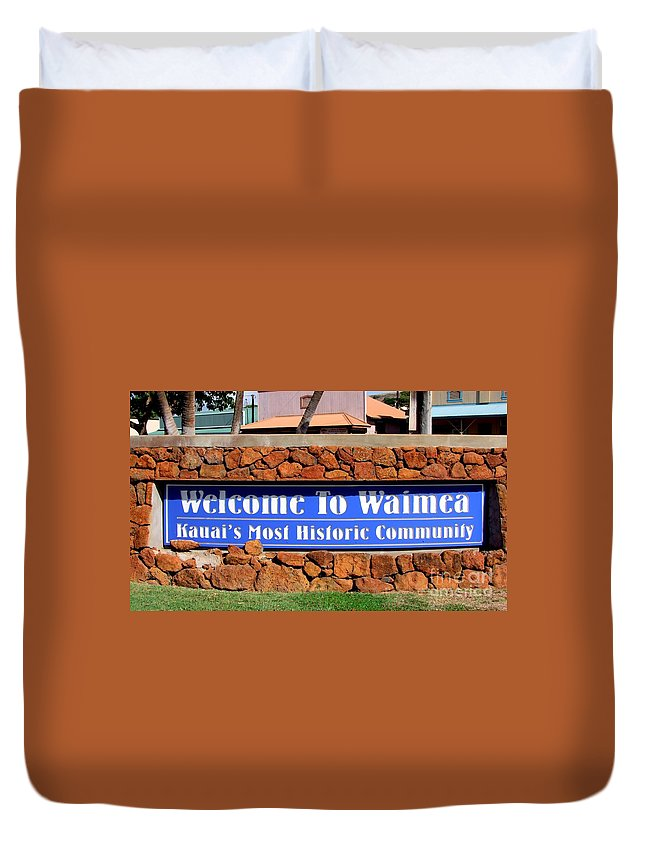 Mary Deal Duvet Cover featuring the photograph Welcome To Waimea by Mary Deal