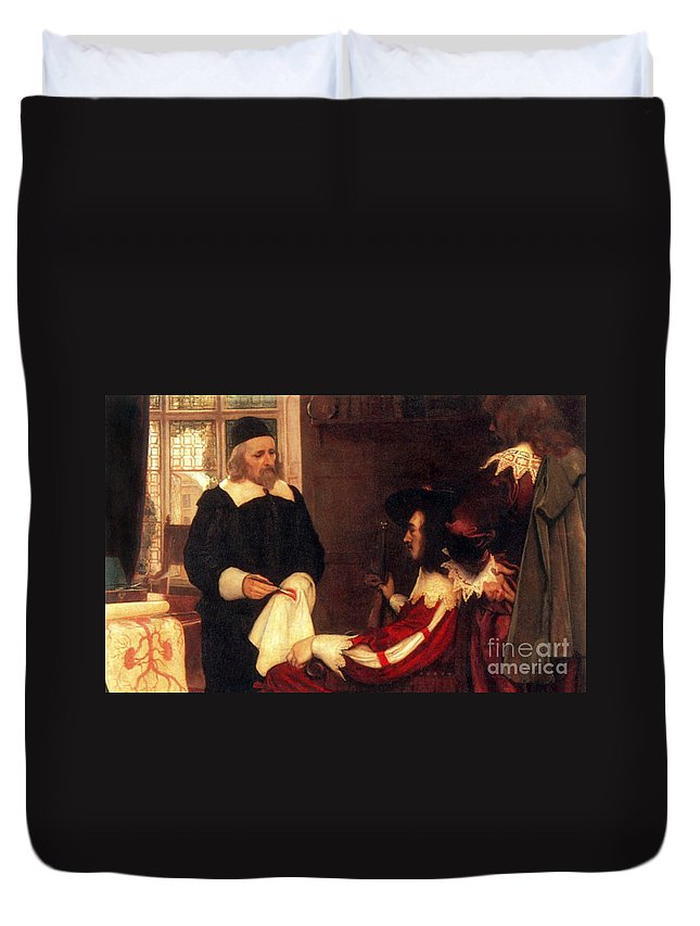 William Harvey Duvet Cover featuring the photograph William Harvey Demonstrating Circulation by Science Source