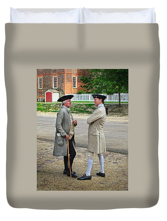 Williamsburg Duvet Cover featuring the photograph Williamsburg Colonists by Dave Mills