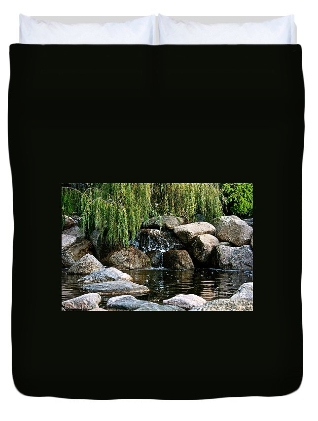 Pond Duvet Cover featuring the photograph Willow Falls by Susan Herber