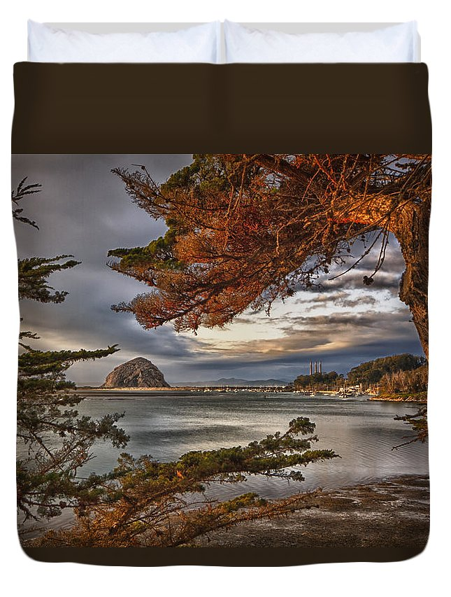 Morro Bay Duvet Cover featuring the photograph Windy Cove by Beth Sargent