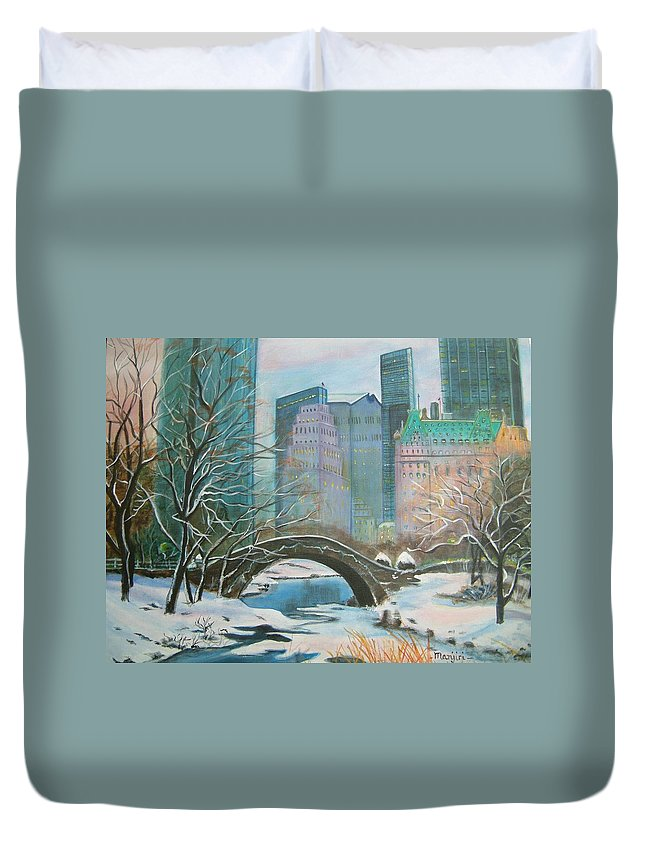 Winter Duvet Cover featuring the painting Winter In New York by Manjiri Kanvinde