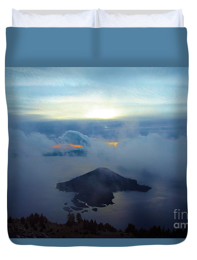 Crater Lake National Park Duvet Cover featuring the photograph Wizard Island At Crater Lake by Adam Jewell