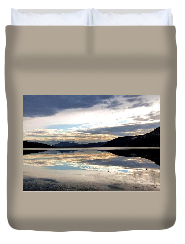Wood Lake Duvet Cover featuring the photograph Wood Lake Mirror Image by Will Borden