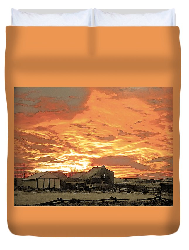 Abstract Duvet Cover featuring the photograph Wyoming Sunrise 1 by Lenore Senior