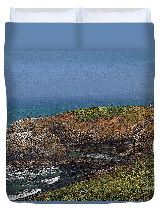 Oregon Duvet Cover featuring the photograph Yaquina Head Lighthouse And Bay - Posterized by Rich Walter