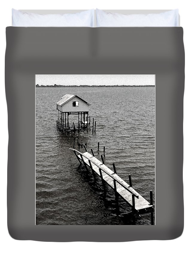 Wgilroy Duvet Cover featuring the photograph Indian River Pier by W Gilroy