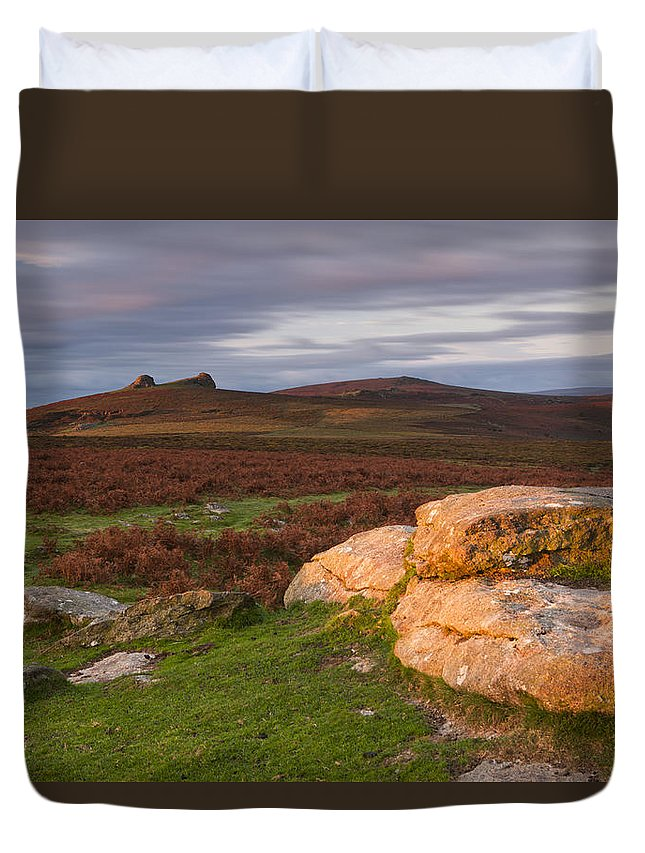 Great Britain Duvet Cover featuring the photograph Sunrise by Sebastian Wasek