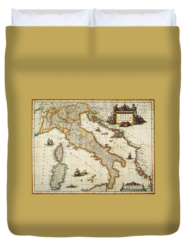 1631 Duvet Cover featuring the painting Map Of Italy, 1631 by Granger