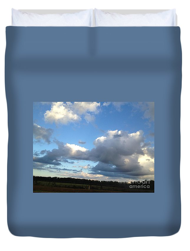 Iphone 4s Duvet Cover featuring the photograph 03262013024 by Debbie L Foreman
