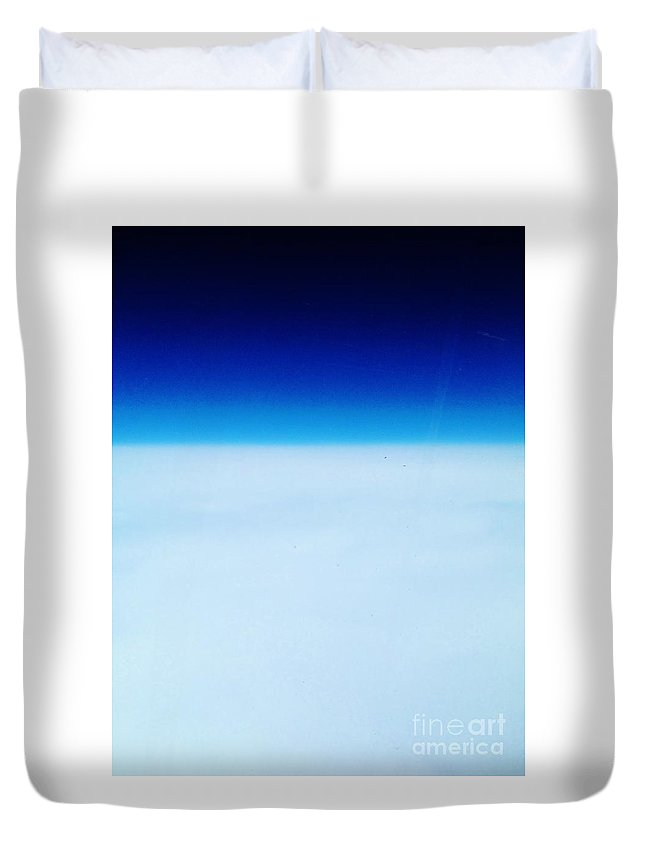Iphone 4s Duvet Cover featuring the photograph 04112012030 by Debbie L Foreman
