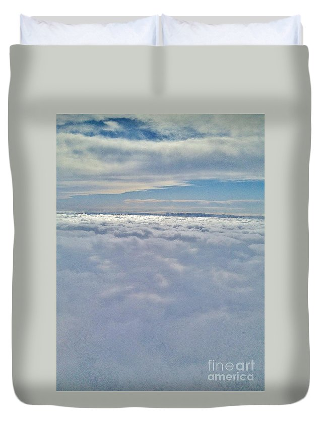 Iphone 4s Duvet Cover featuring the photograph 04132012016 by Debbie L Foreman
