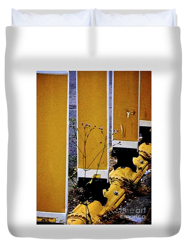 Flowers Duvet Cover featuring the photograph 09032015036 by Debbie L Foreman
