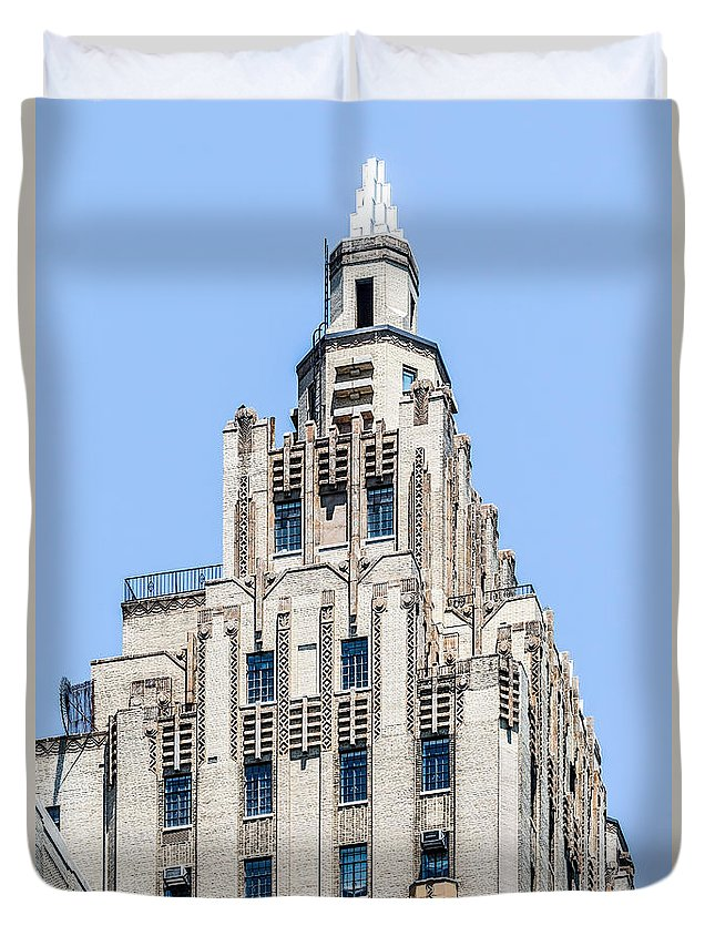 New York City Duvet Cover featuring the photograph 300 Cpw by Kenneth Grant