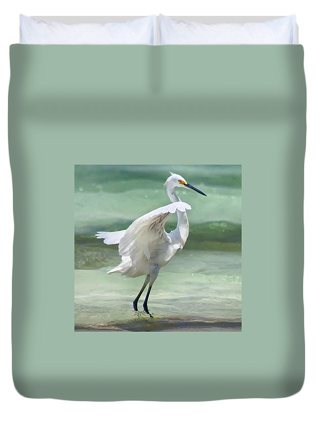 Egret Duvet Cover featuring the photograph A Snowy Egret (egretta Thula) At Mahoe by John Edwards