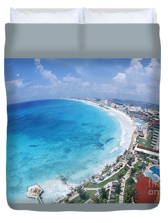 Aerial Duvet Cover featuring the photograph Aerial Of Cancun by Bill Bachmann - Printscapes