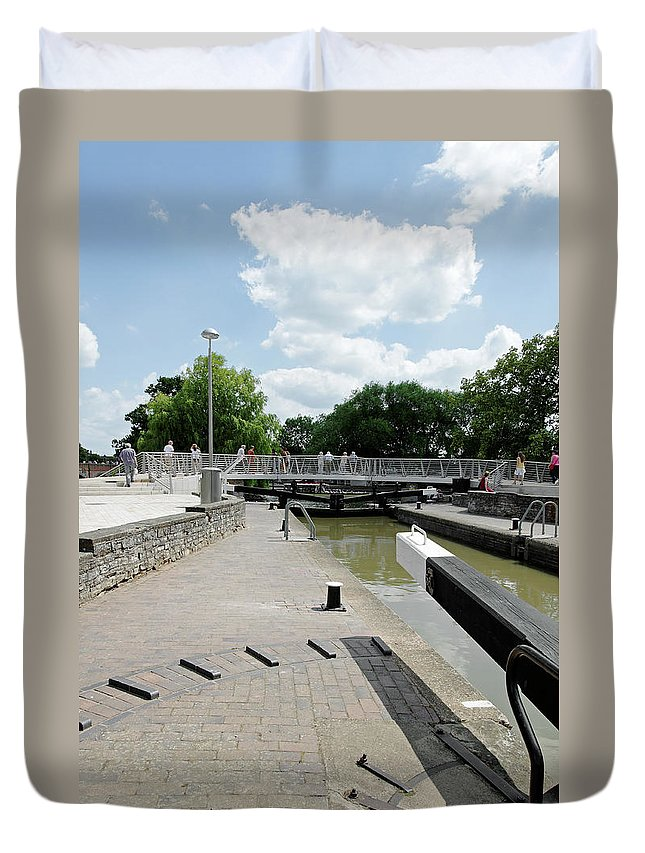 Europe Duvet Cover featuring the photograph Bancroft Basin - Canal Lock by Rod Johnson