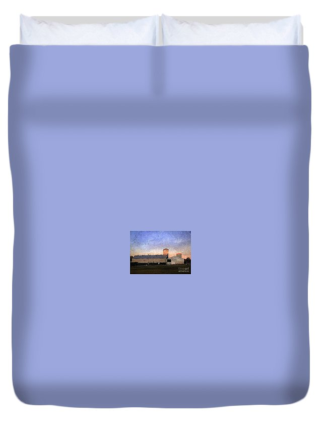 Barn Duvet Cover featuring the digital art Barn At Sunrise by Beth Williams