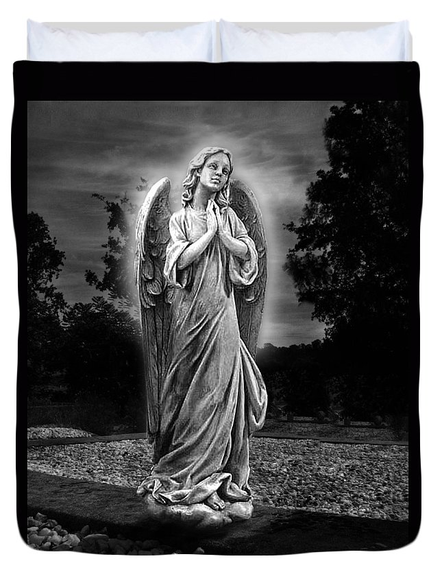 Bask In His Glory Duvet Cover featuring the photograph Bask In His Glory by Peter Piatt