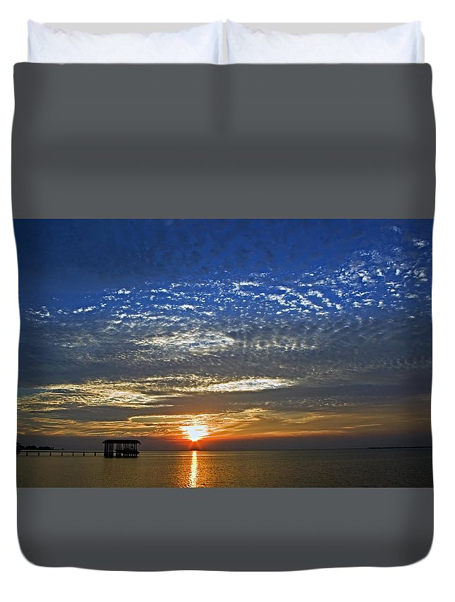 Sky. Duvet Cover featuring the photograph Bay Sunset by Robert Brown