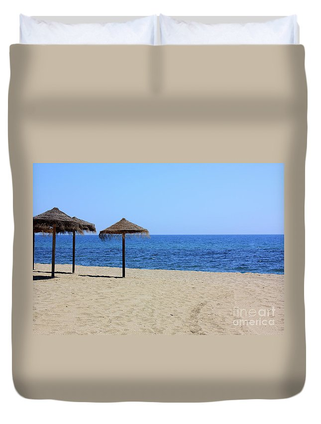 Beach Duvet Cover featuring the photograph Beach Scene by Kevin Richardson