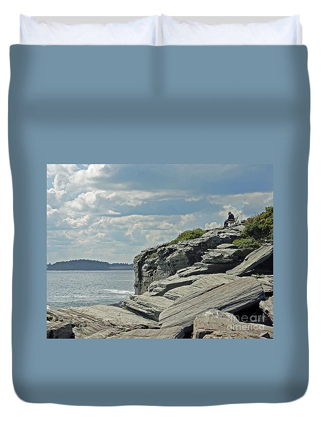 Maine Duvet Cover featuring the photograph Front Row Seat by Steve Gass