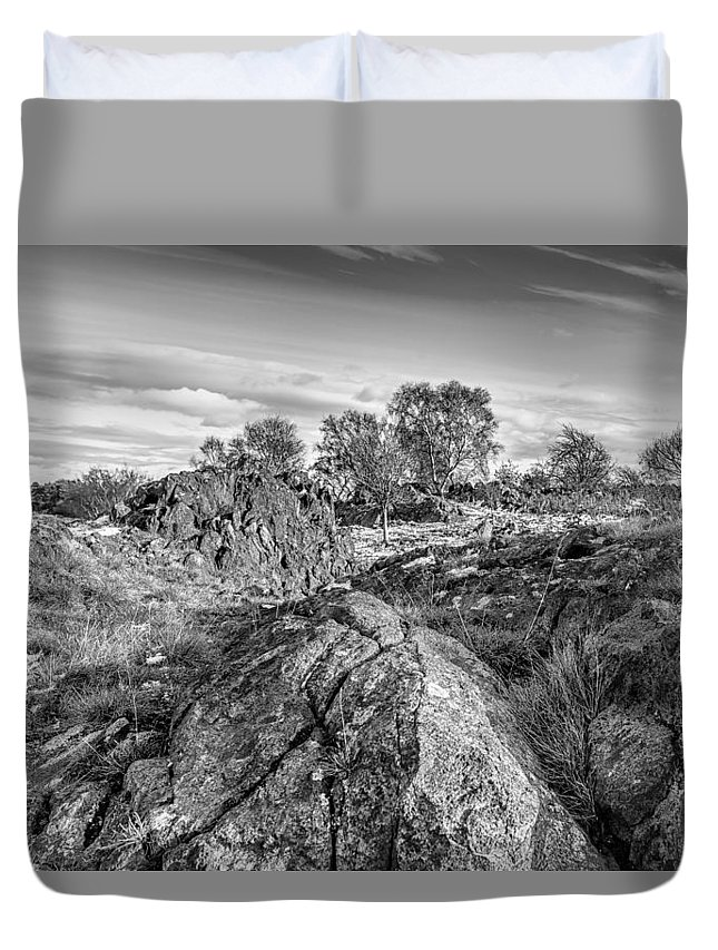 Bomb Rocks Duvet Cover featuring the photograph Beyond The Rocks by Nick Bywater