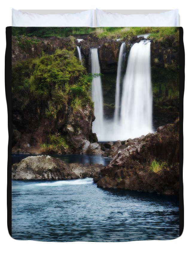 Beautiful Duvet Cover featuring the photograph Big Island Waterfall by Greg Vaughn - Printscapes